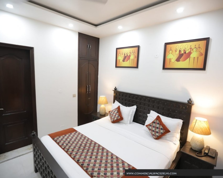<p>Luxary Service Apartment Green Park</p>